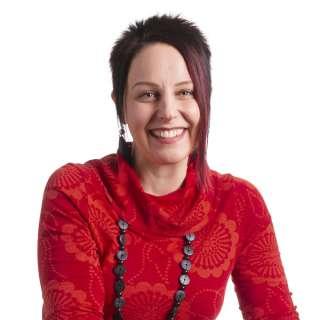 Neuvontatyön koordinaattori Milla Ristolainen, Mielenterveyden keskusliitto, mielenterveysneuvonta