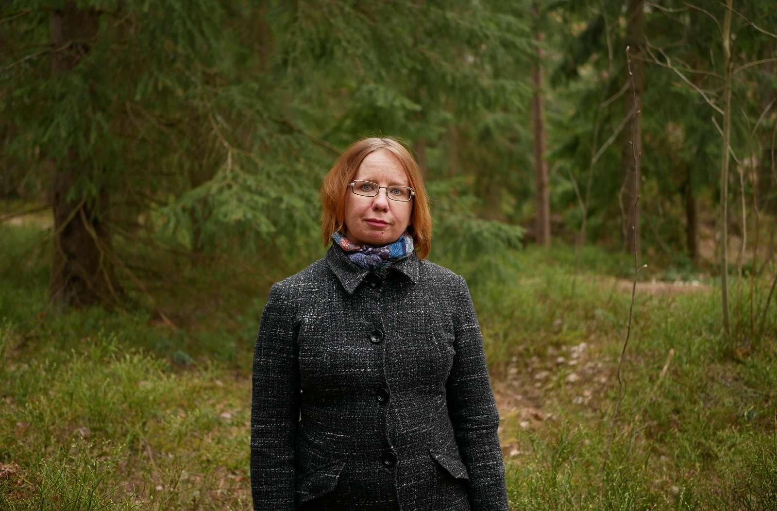 Minna Salonen metsässä